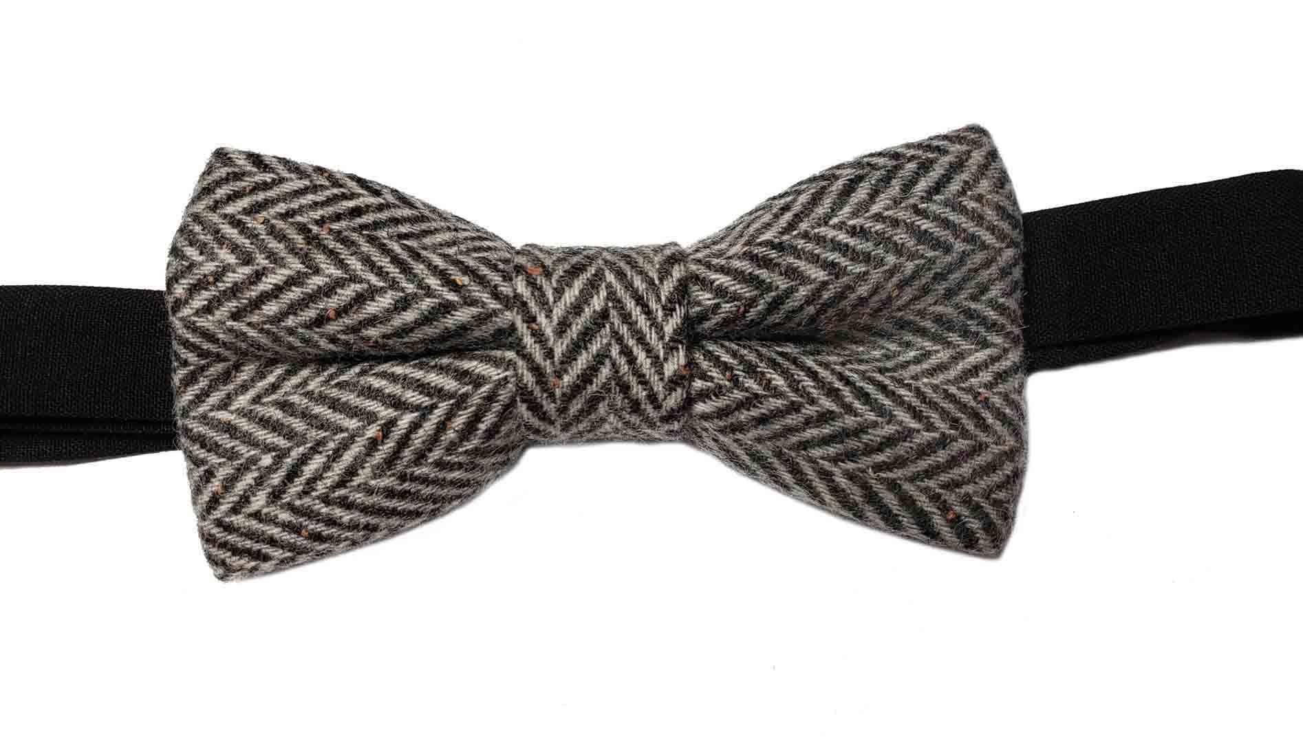 Gascoigne Wool Herringbone Bow Tie Gray With Orange Flecks Men's OS