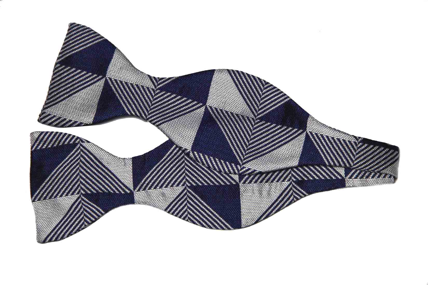 Thomas Pink Bow Tie Knighton Geo Navy Blue Gray Silk Men's